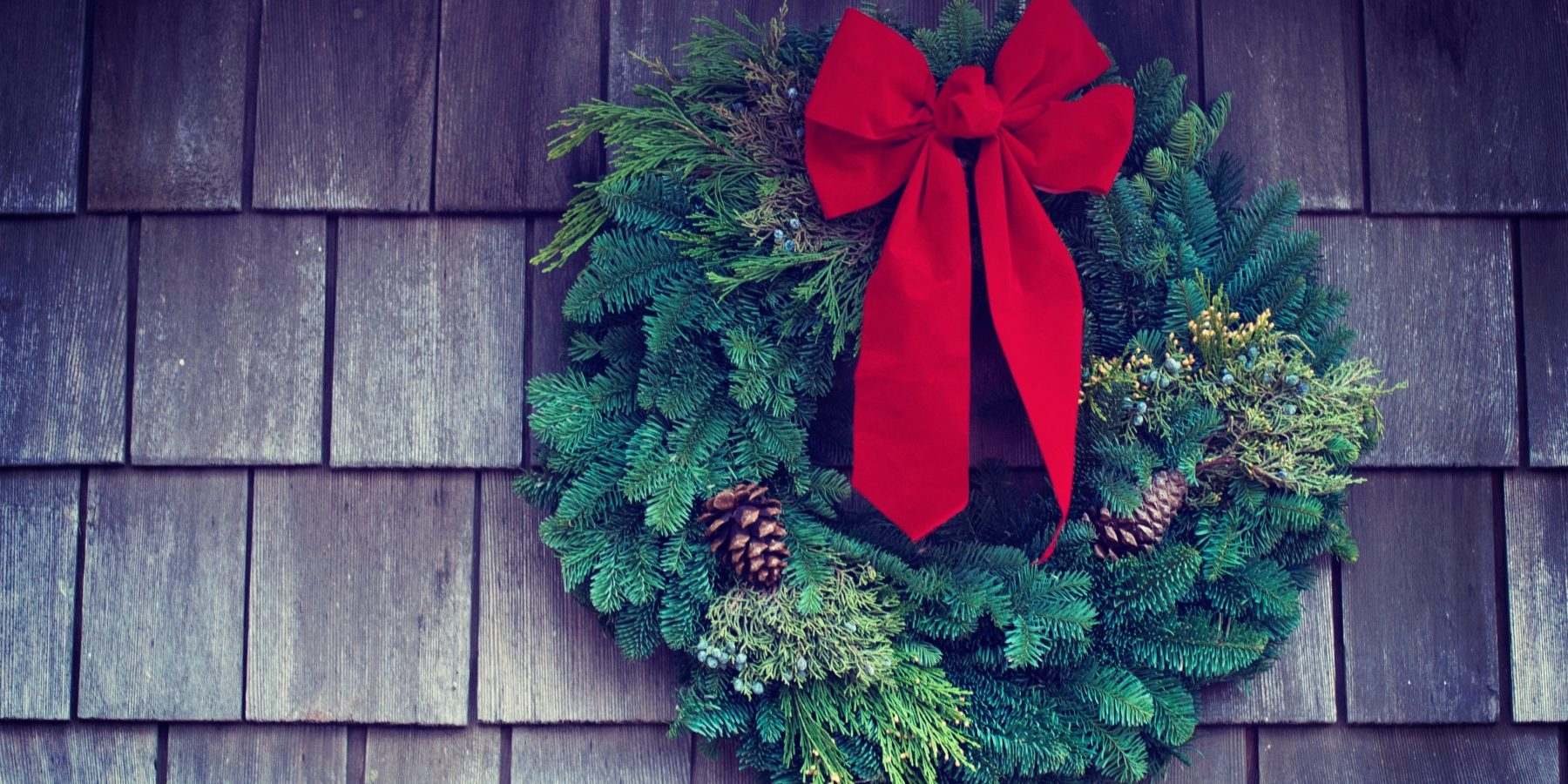 christmas_wreath_iosw4q9ozle-tim-mossholder